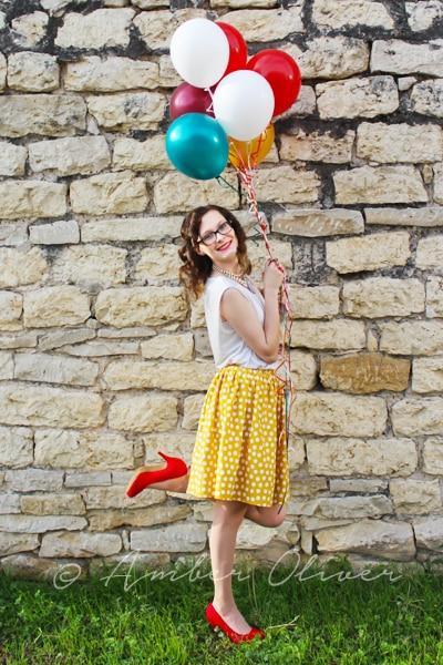 DIY senior portrait balloons